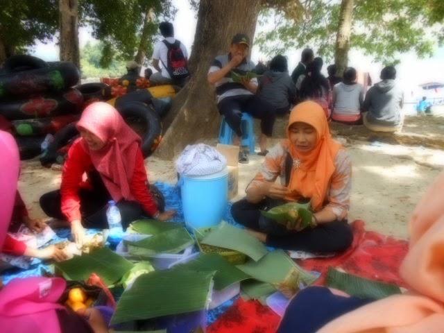 Karanggongso, Trenggalek, 30 Agustus 2014
