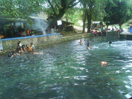 Kolam Pemandian Sodong Klapanunggal