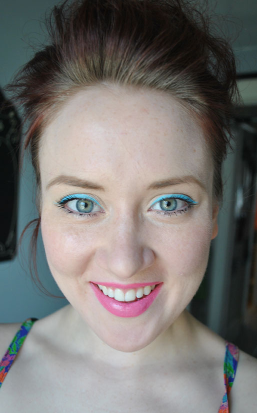 light blue eyeliner, wolfe brothers makeup, pink maybelline lipstick, spring makeup, makeup photo of the day