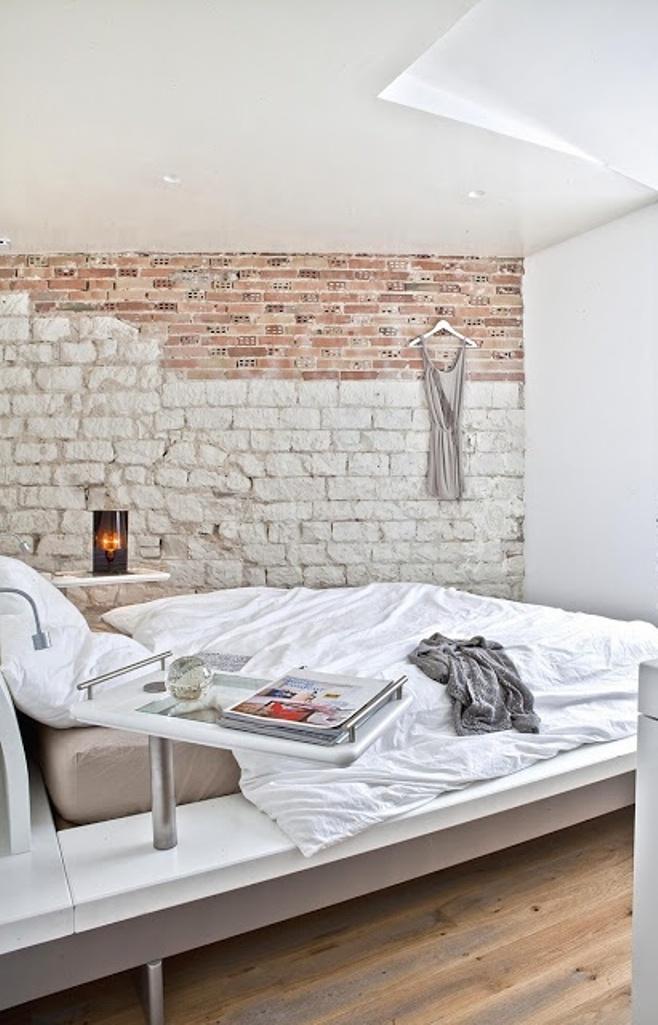 Mur en pierre naturelle dans la chambre à coucher, un charme plus sensuel et rustique à lintérieur