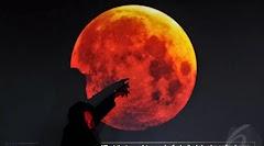 Gerhana Bulan Merah Darah Akan terjadi pada hari sabtu besok
