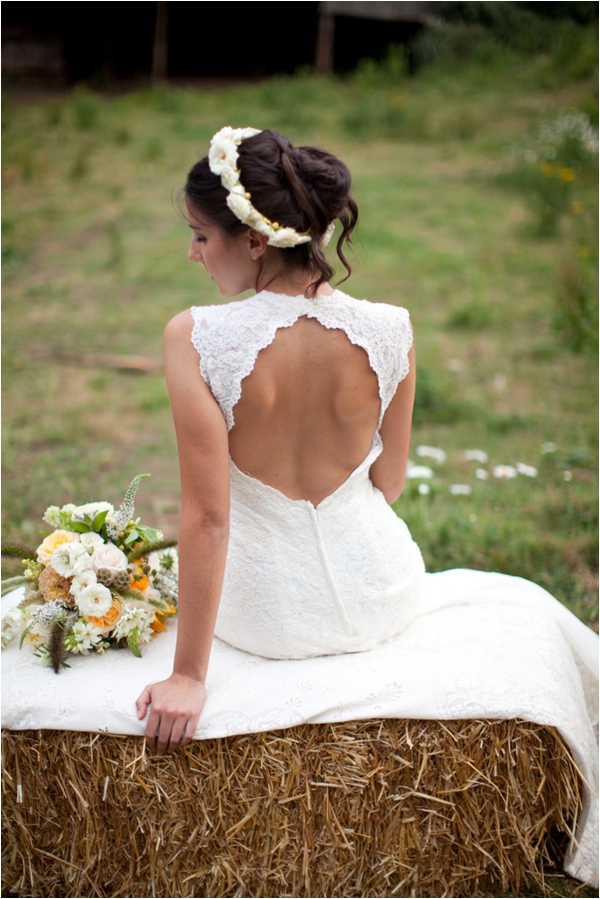Longhorn Ranch Inspiration Shoot by K.Lindmeier Photography via www.lemagnifiqueblog.com // #wedding #bride