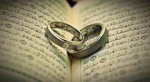 14 Tips Menjaga Keharmonisan Suami Istri Dalam Islam