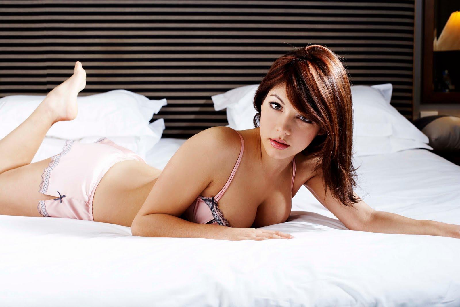 http://3.bp.blogspot.com/-hqOjoR24WQc/TevqzlSfNzI/AAAAAAAASME/Fml8s23ch8c/s1600/Roxanne%2BPallett10.jpg