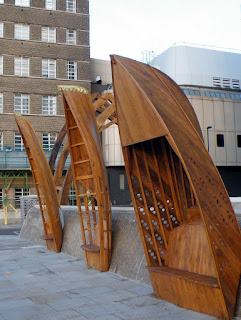 Wooden boat sculpture on lambethcyclists.org.uk