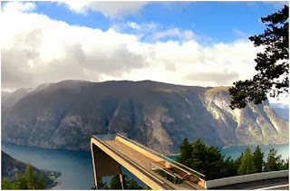 Aurland Lookout-Magrush.com