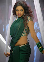 Anchor Udaya Bhanu Navel Hot Photos