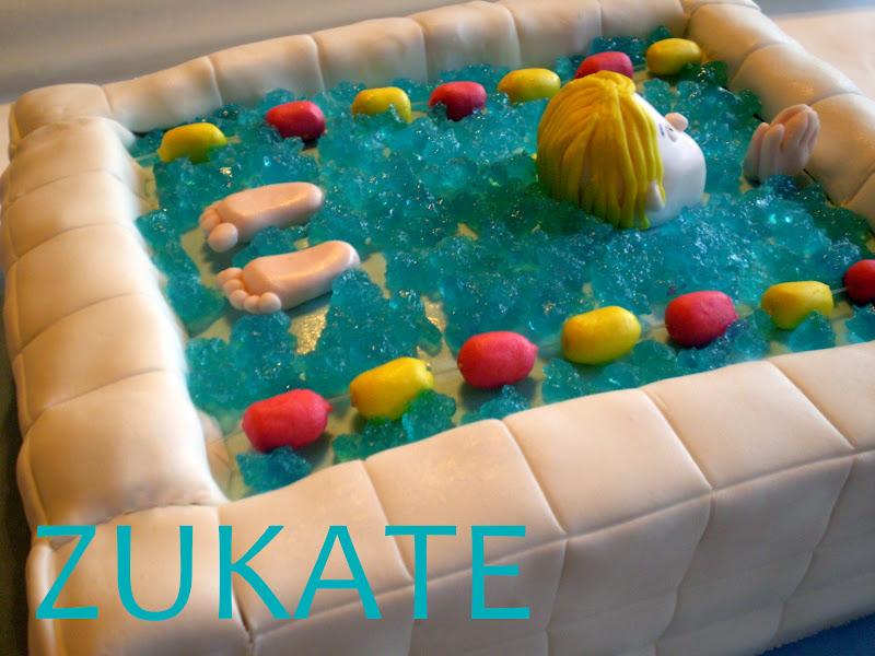 Torta pileta de nataci n zukate for Imagenes de piletas de natacion