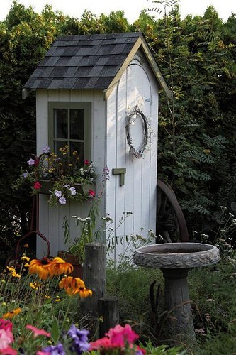 Cheap garden sheds easily build them yourself for Cheap small garden sheds