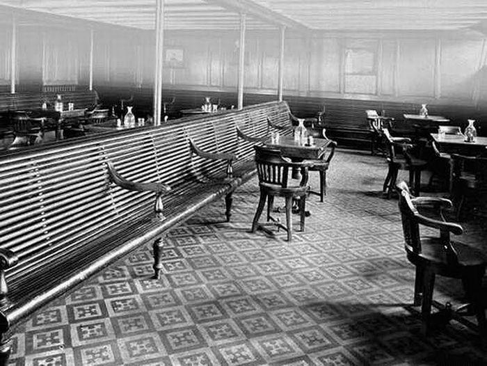 Tour Inside Titanic - 1912   International - 83.0KB