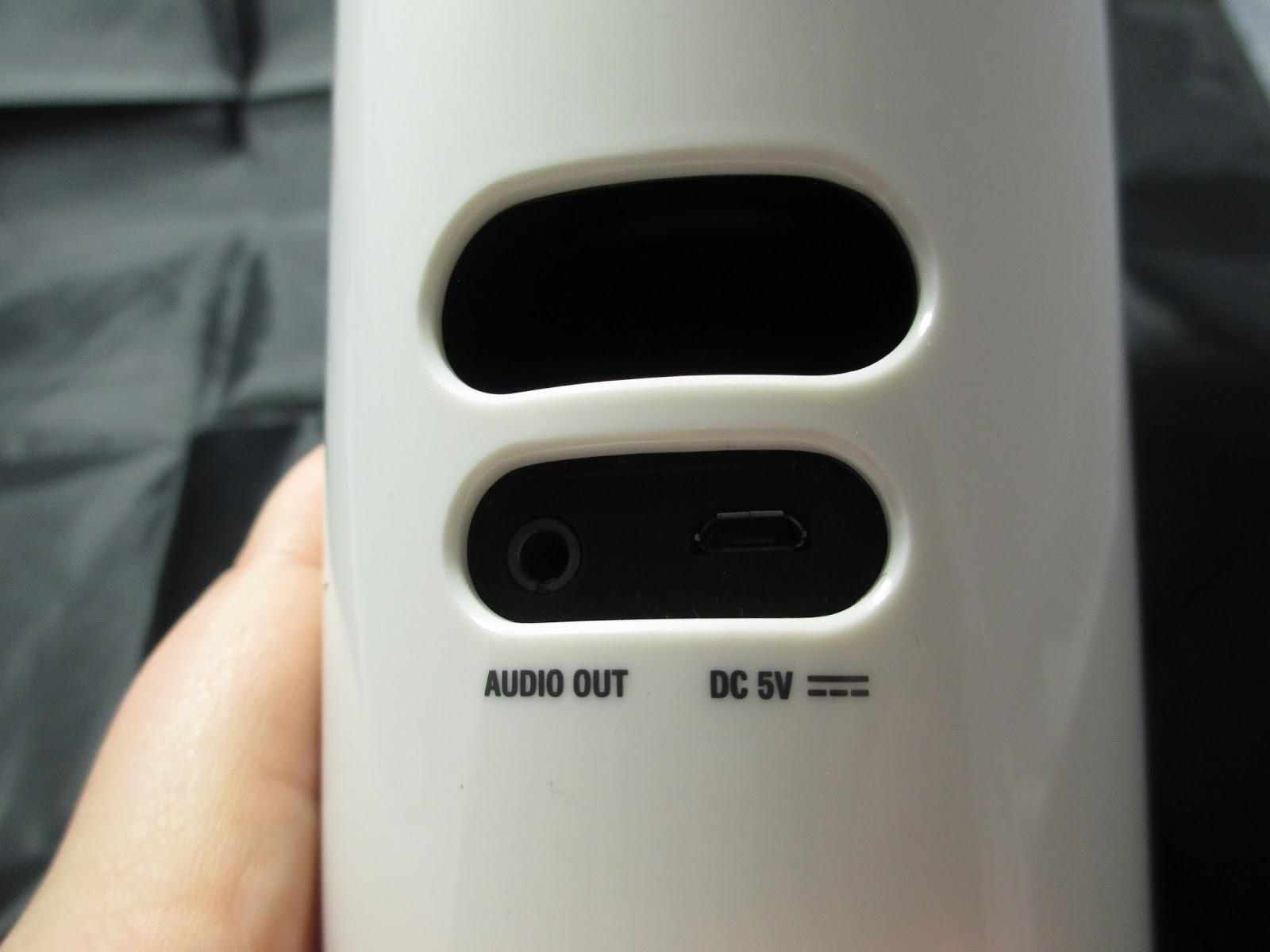 SpeeCup #review Siri/ s Voice activated bluetooth speaker