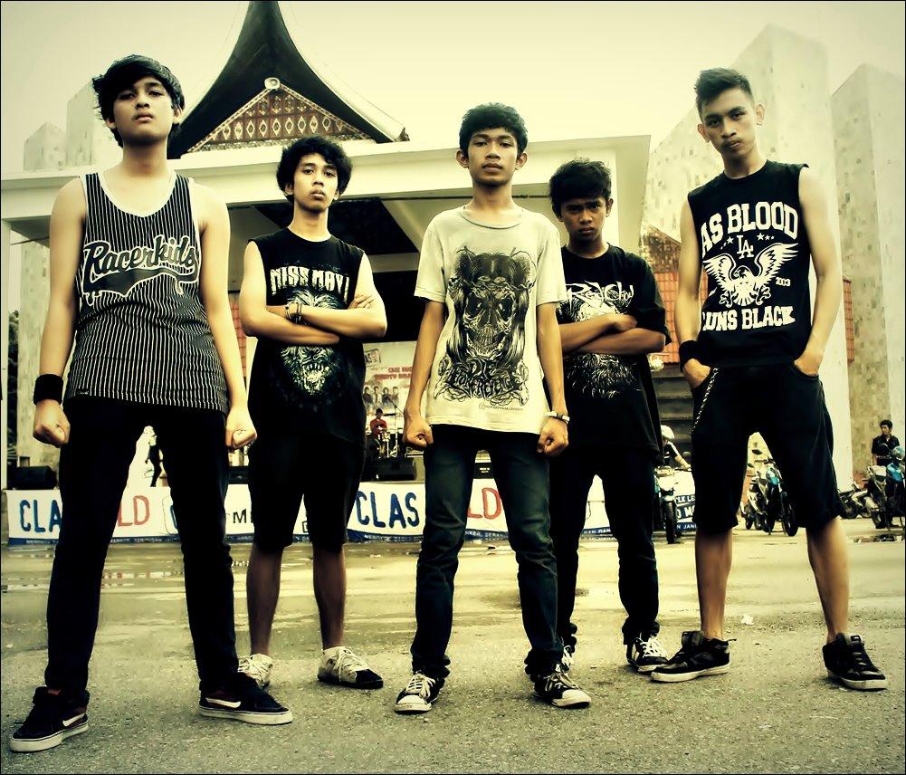 Download Lagu Goyang Nasi Padang 2: INDIE MUSIC FVCKINGCORE: Die Before Revenge
