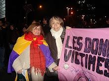 manifestando por los derechos de la mujer