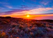The Mountain · sunrise A veces nos embarcamos en tantas historias de ficción .