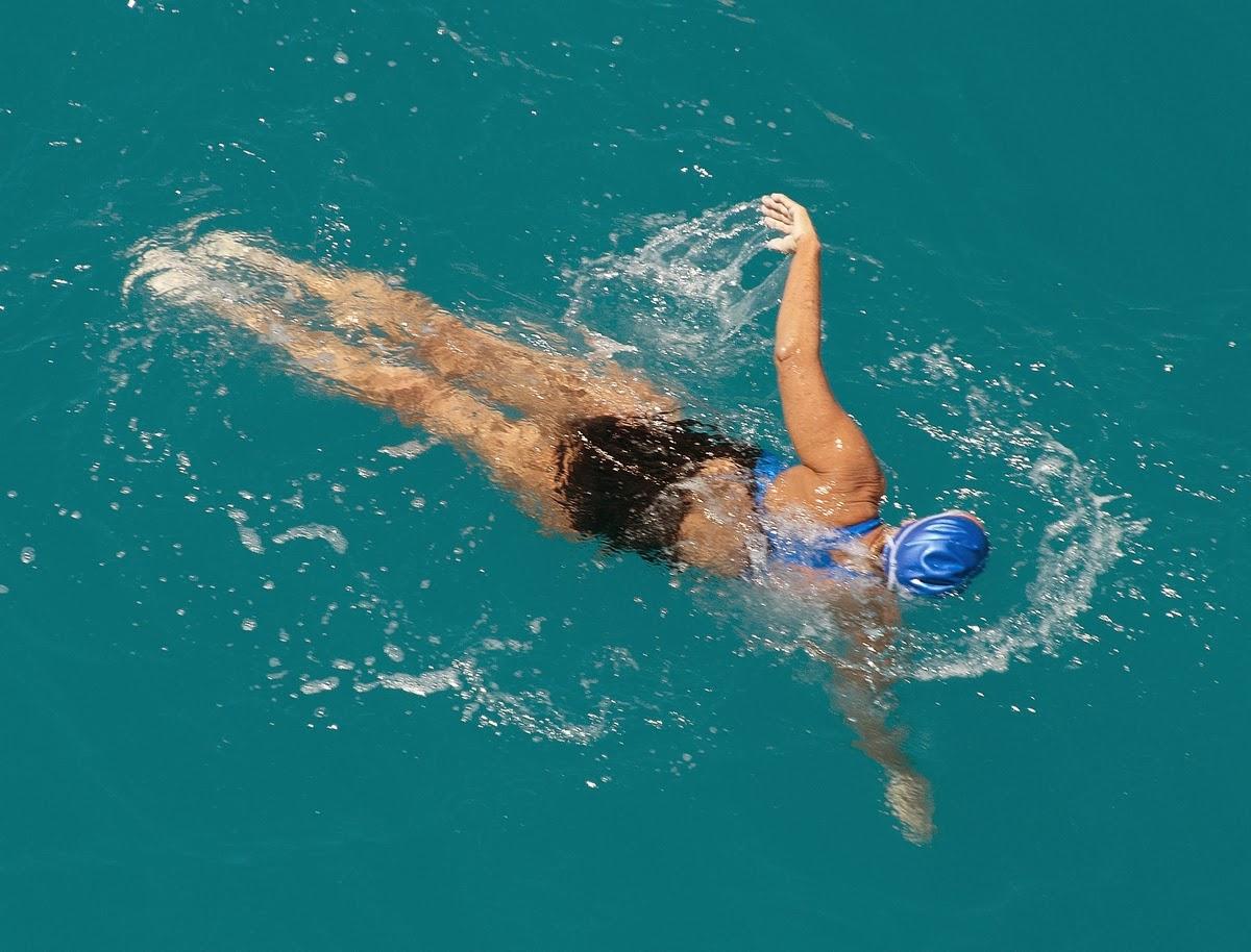 Diana Nyad 64 évesen leúszott egyben 170 kilométert