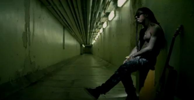 Foto do Lil Wayne no clipe How To Love
