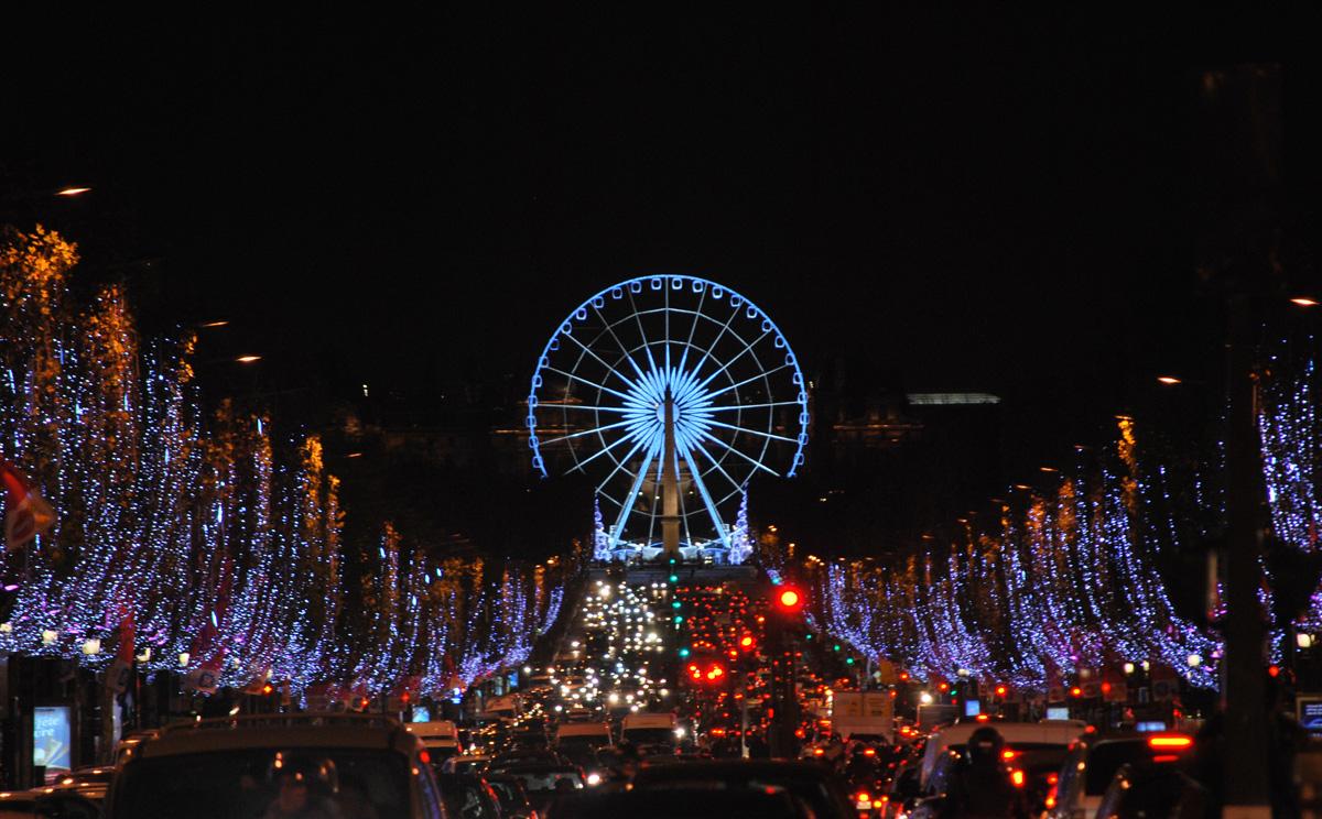 Paris Christmas | free download wallpaper