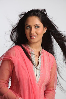 pooja bose new glamour  images