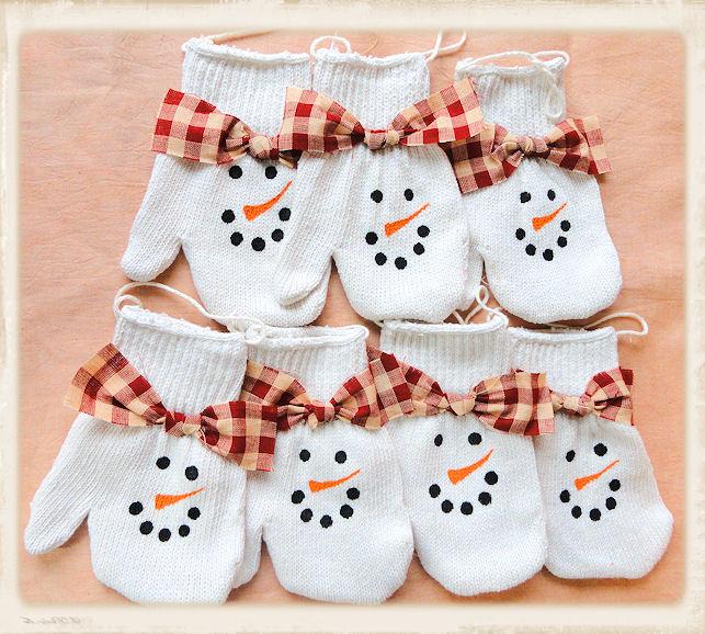 Knitting Pattern For Snowman Mittens : Primgrl1: Knit Snowman Mitten Ornies- Set of 7
