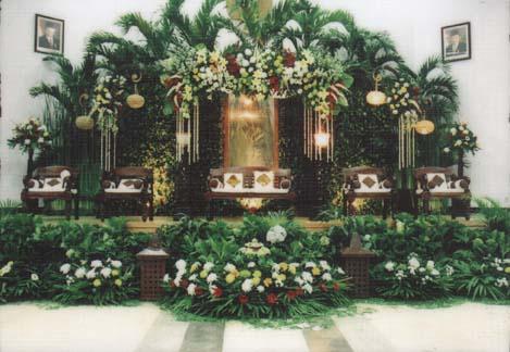 Contoh Dekorasi Pernikahan Pelaminan Minimalis Modern Tradisional Gebyok 4