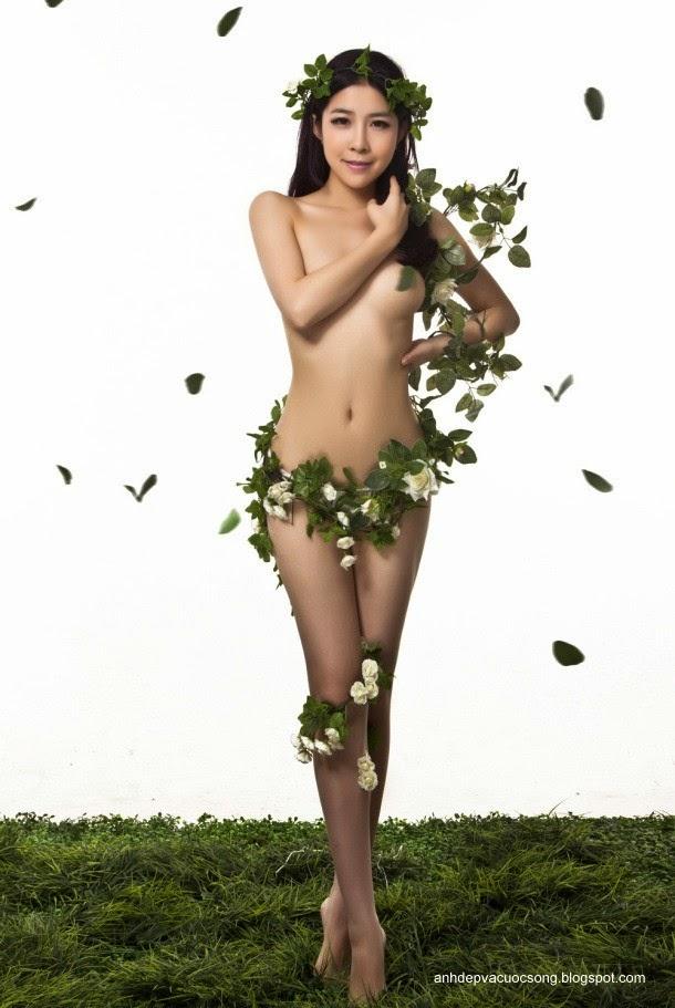 Hoa hậu khỏa thân vì môi trường 3