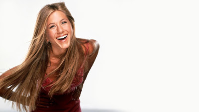 American Film Producer Jennifer Aniston Smilling Images