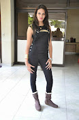 Angel Singh latest glam pics-thumbnail-2