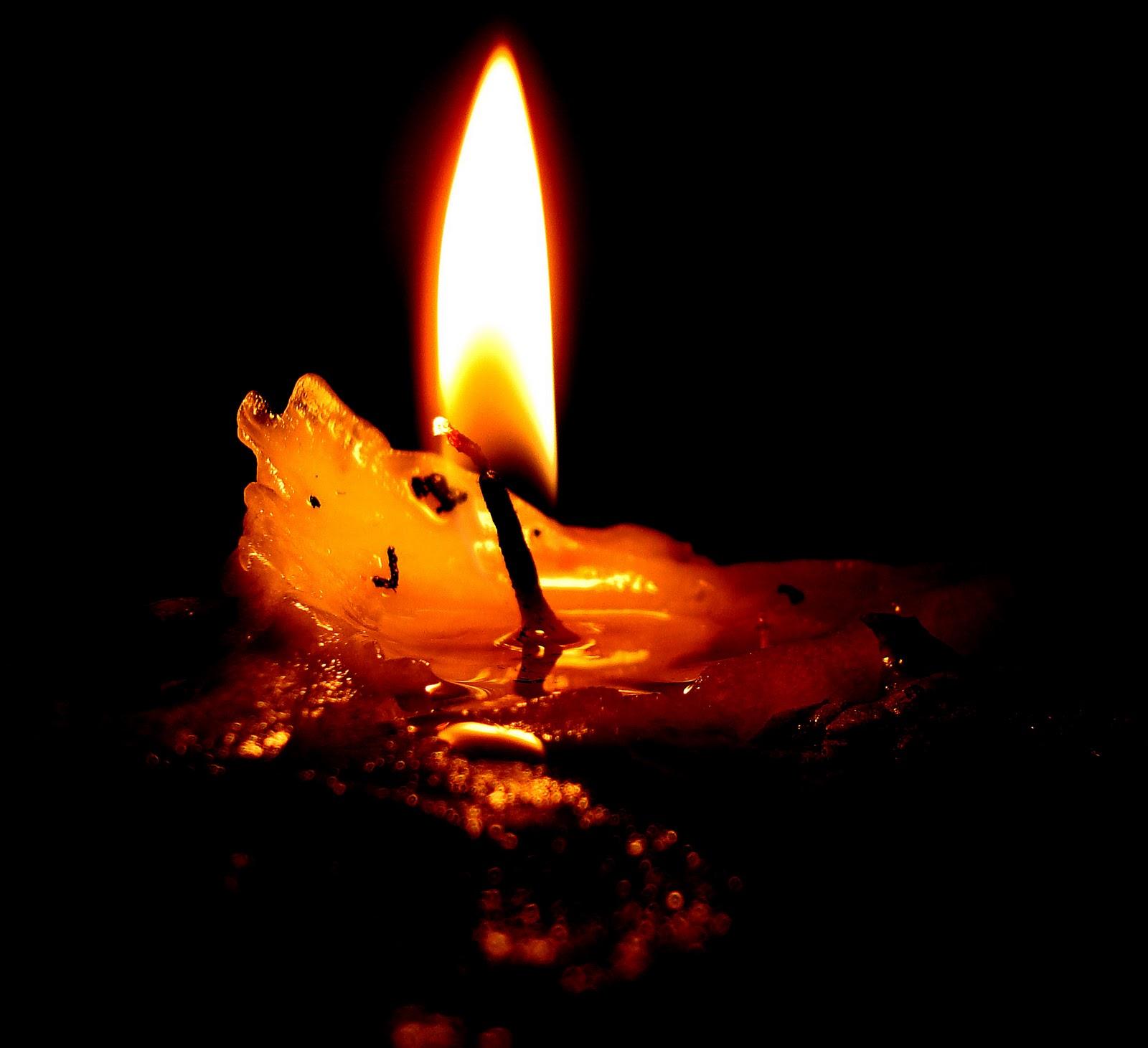 http://3.bp.blogspot.com/-hsnCUuXCChY/TwRjWtXk3PI/AAAAAAAAJUE/KaJXwaBrhQ8/s1600/candle+light+_12.jpg