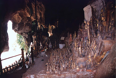 Bouddha Vicchu cave in Junagadh