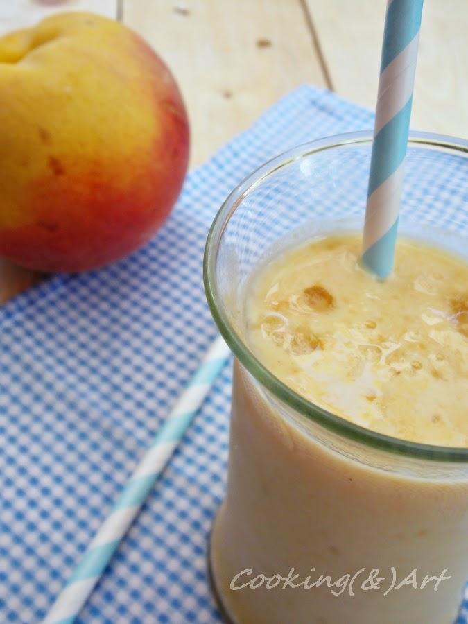 smoothie με ροδάκινο & αριάνι / smoothie with peach & ayran !