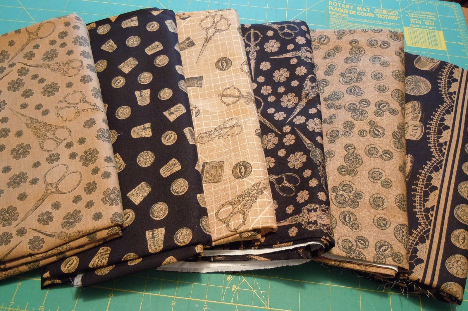 The painted quilt sewing machine mat caddy tutorial for Sewing materials