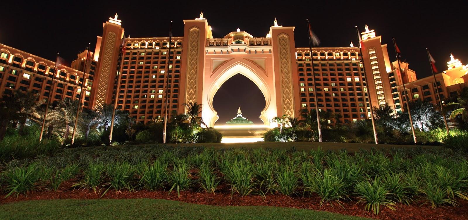 Pz c atlantis dubai for World famous hotel in dubai