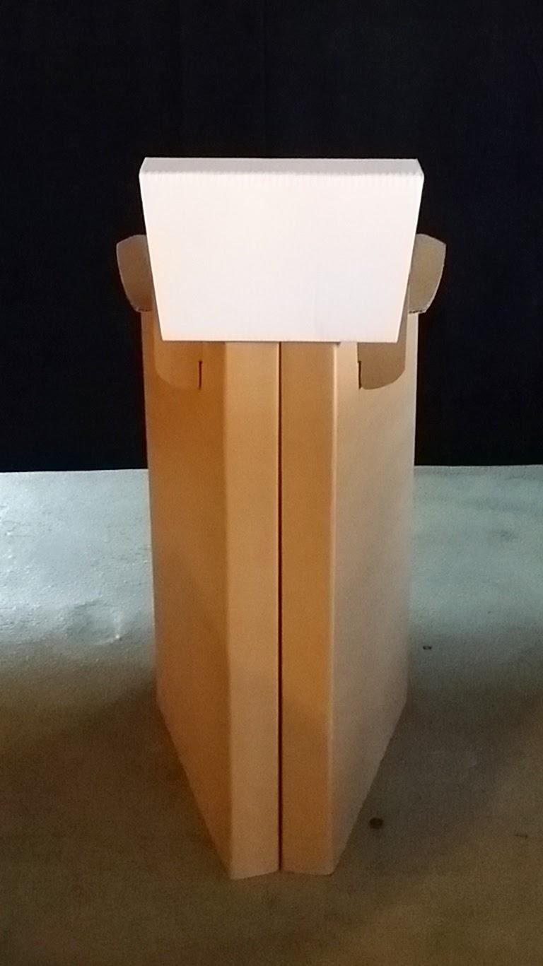 carton kit cr ations objets et meubles 100 carton nouveau tabouret en carton avec dossier. Black Bedroom Furniture Sets. Home Design Ideas