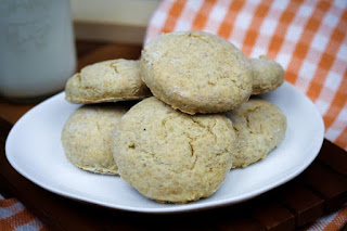 mini-rye-biscuits