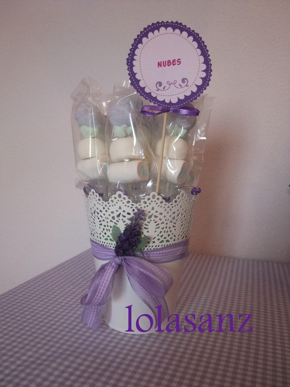 Lolasanz centros de mesa con chuches for Envolver brochetas de chuches