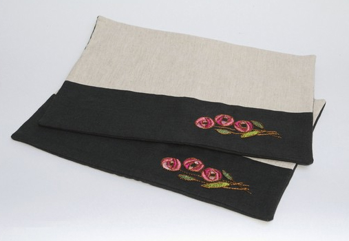 modern placemats, modern tablemats, tunner, embroidery, rayon floss, embroidery with rayon