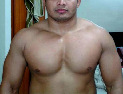 bulge belly muscle sixpack