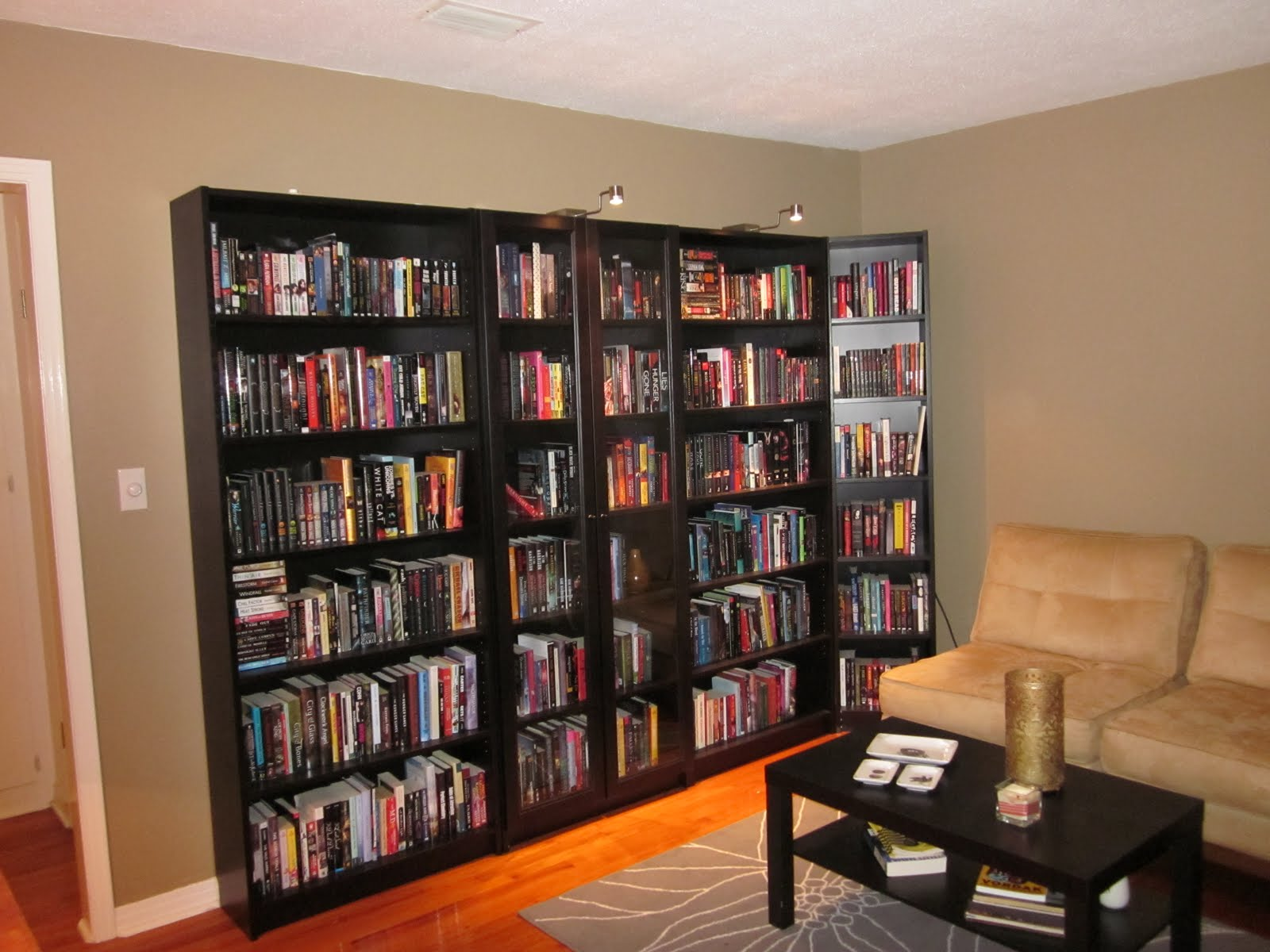 Bookcase love on the bookshelf - Bookshelf designs ...