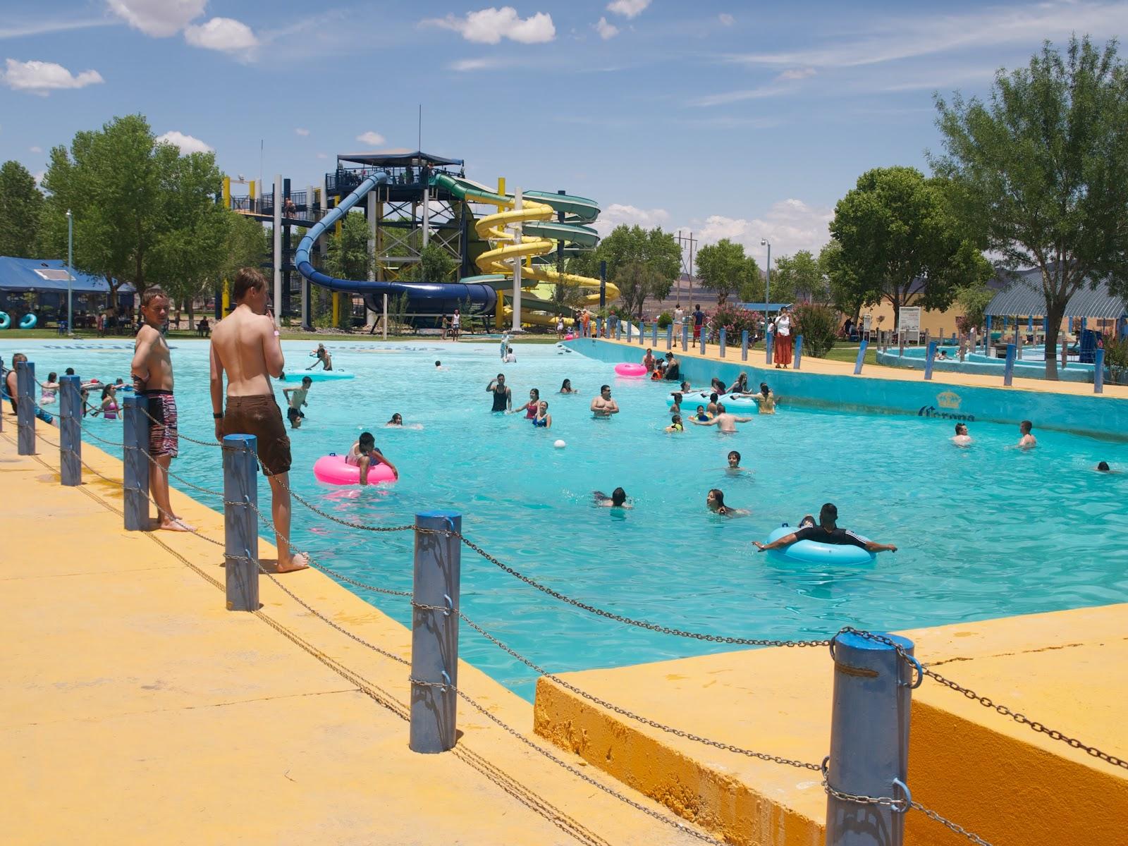 A donde vamos diver splash 8 de julio for Alberca 8 de julio