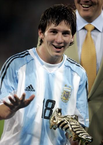 Messi narodený 24 júna 1987 v meste rosario v provincii santa fe v