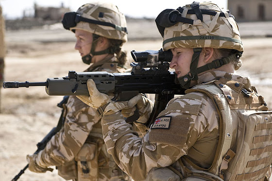 UK female soldiers