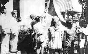 Mereka berperan penting dalam pengibaran bendera merah putih pada
