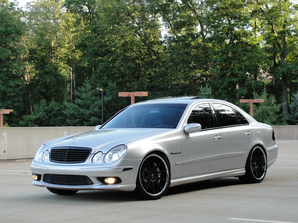 Mercedes benz w211 e55 amg on r20 rims benztuning for Mercedes benz wheel