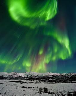 aurora alert: year's largest solar flare