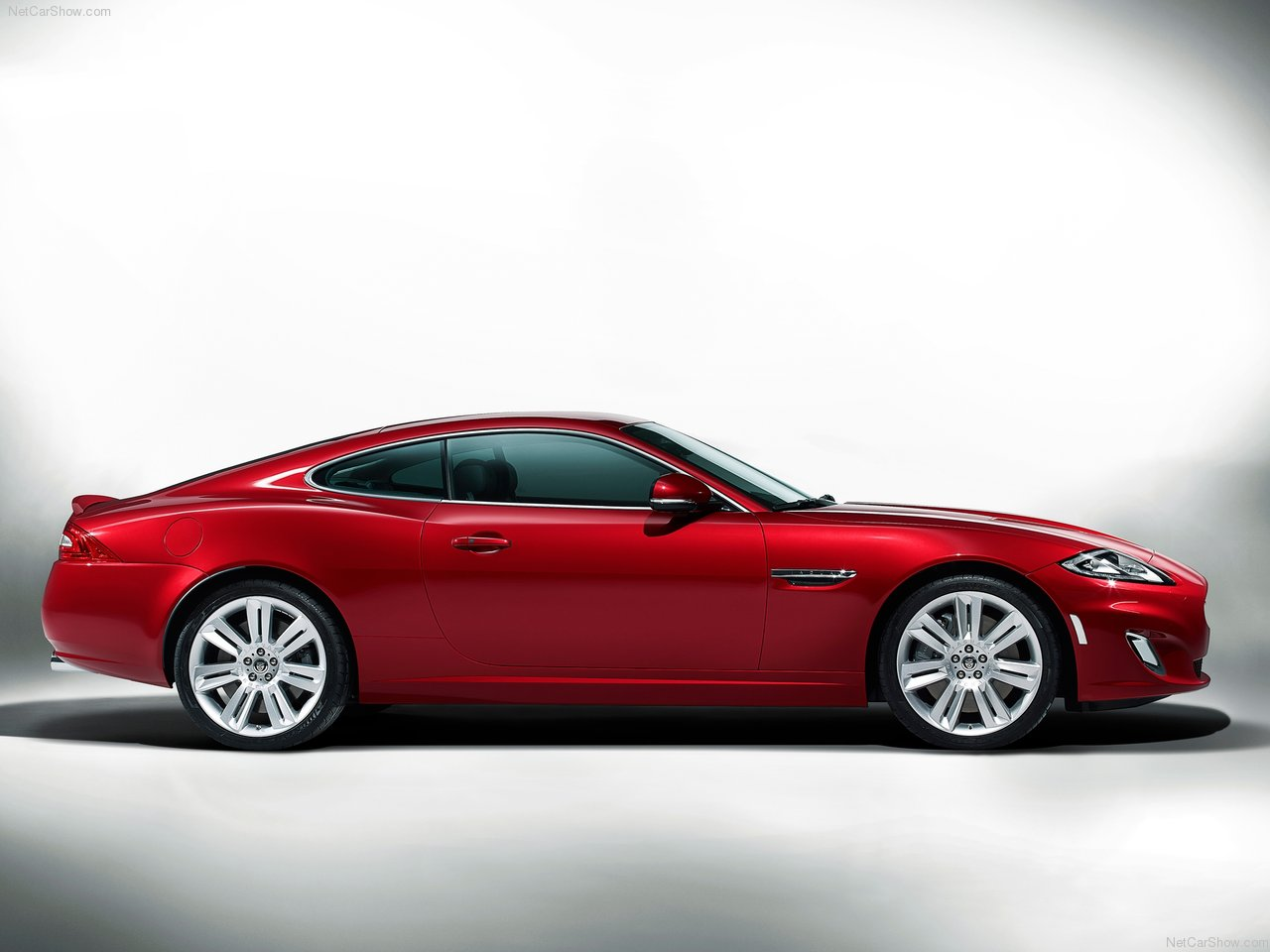 cars next 2012 jaguar xkr. Black Bedroom Furniture Sets. Home Design Ideas
