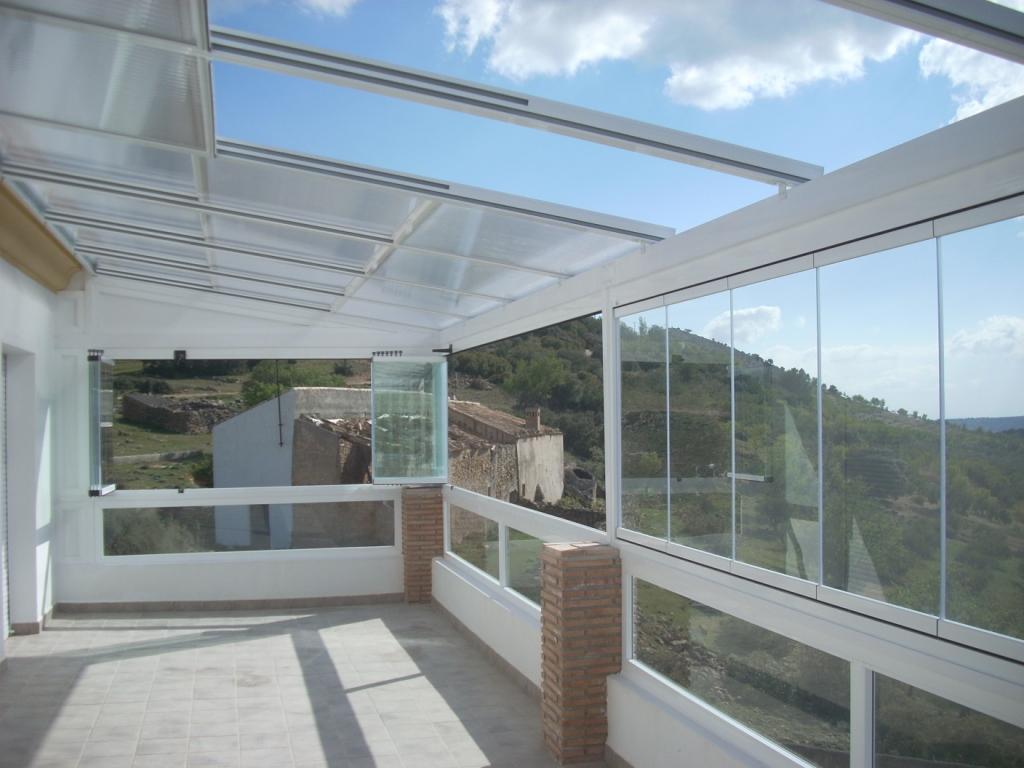 Cerramientos en m laga 674 847 297 alumavel cortinas - Techos moviles para patios ...