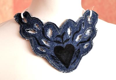 Cómo hacer collares con tejido vaquero en Recicla Inventa