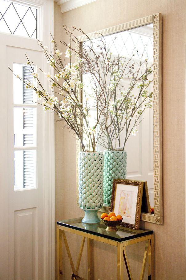 Large Arrangement For Foyer : New home interior design foyer flower arrangement