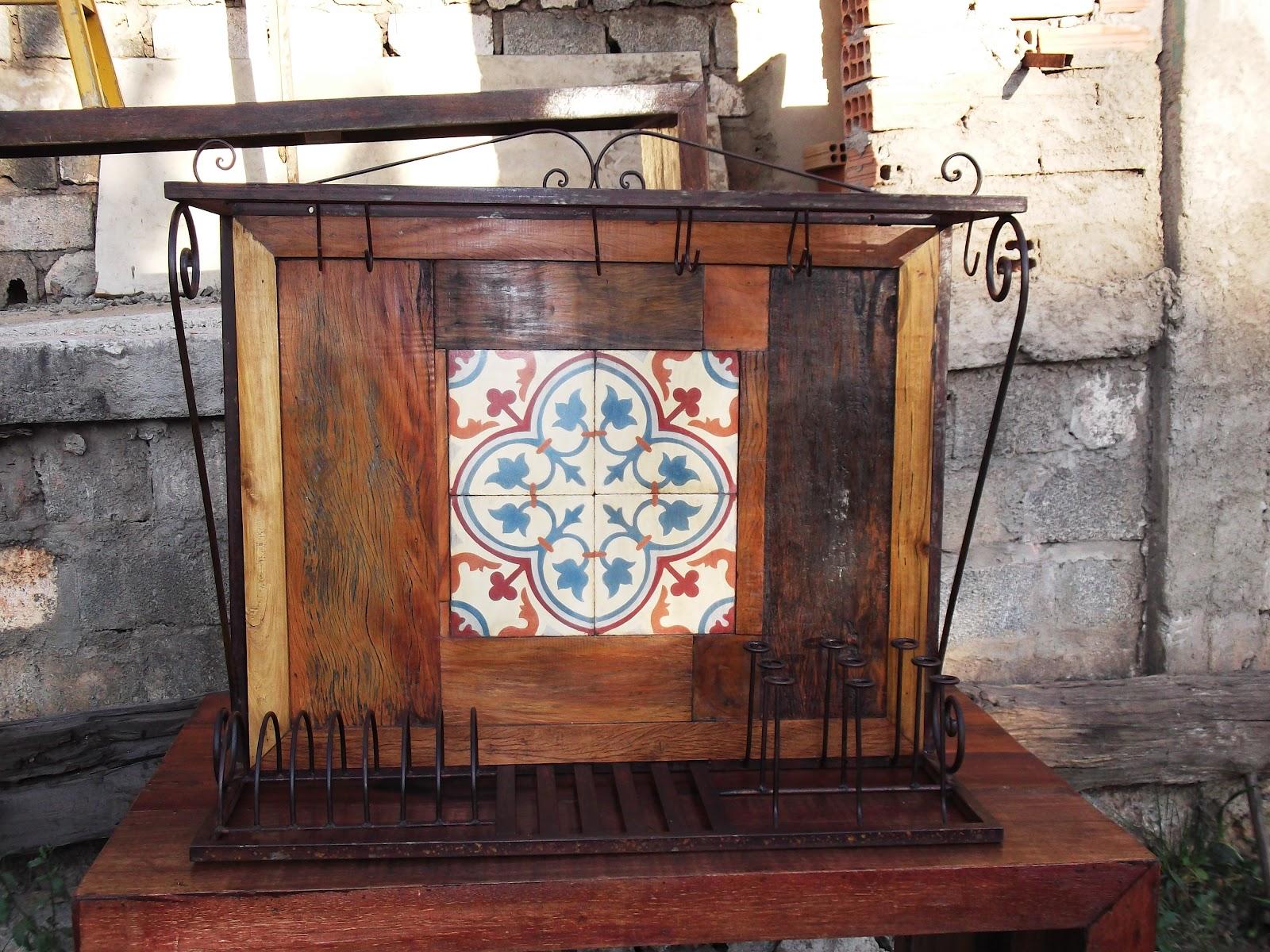 Armario Leroy Merlin A Medida ~ Móveis em madeira de demoliç u00e3o, artesanato mineiro, pinturas artisticas e sacras e antiguidades