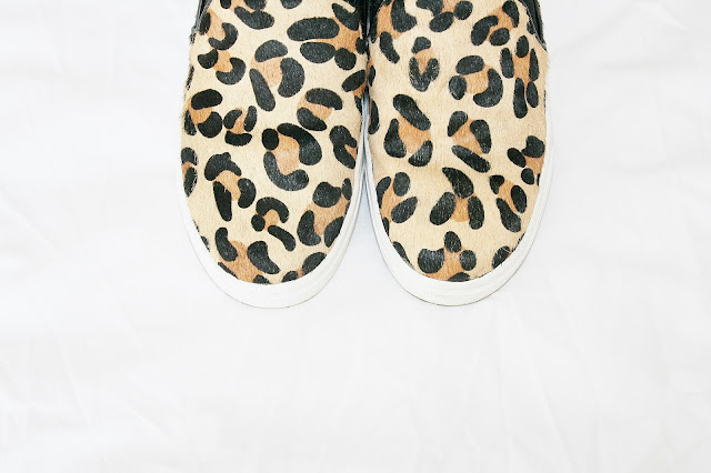 Katherine Penney Chic New Shoes Leopard Print Bold Fashion Style Shopping Warehouse Slip-ons